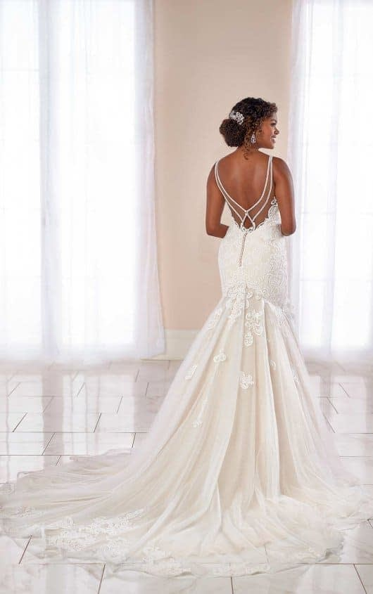 Stella York 7002 - Back